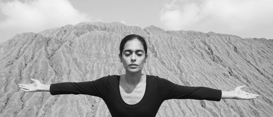 Shirin Neshat: Roja, 2016, Leihgabe der Künstlerin und der Gladstone Gallery, New York und Brüssel, © Shirin Neshat