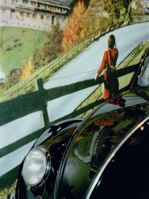 o.T., Wolfsburg, 2001, aus dem Buch Drift ©  Wolfgang Zurborn
